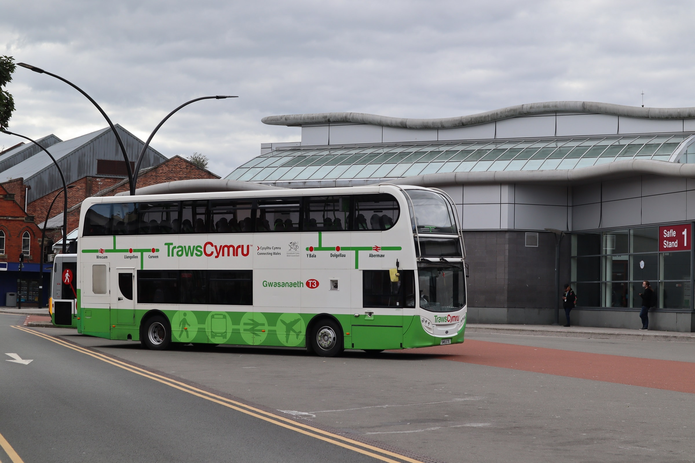 Wales Bus Emergency Scheme extended