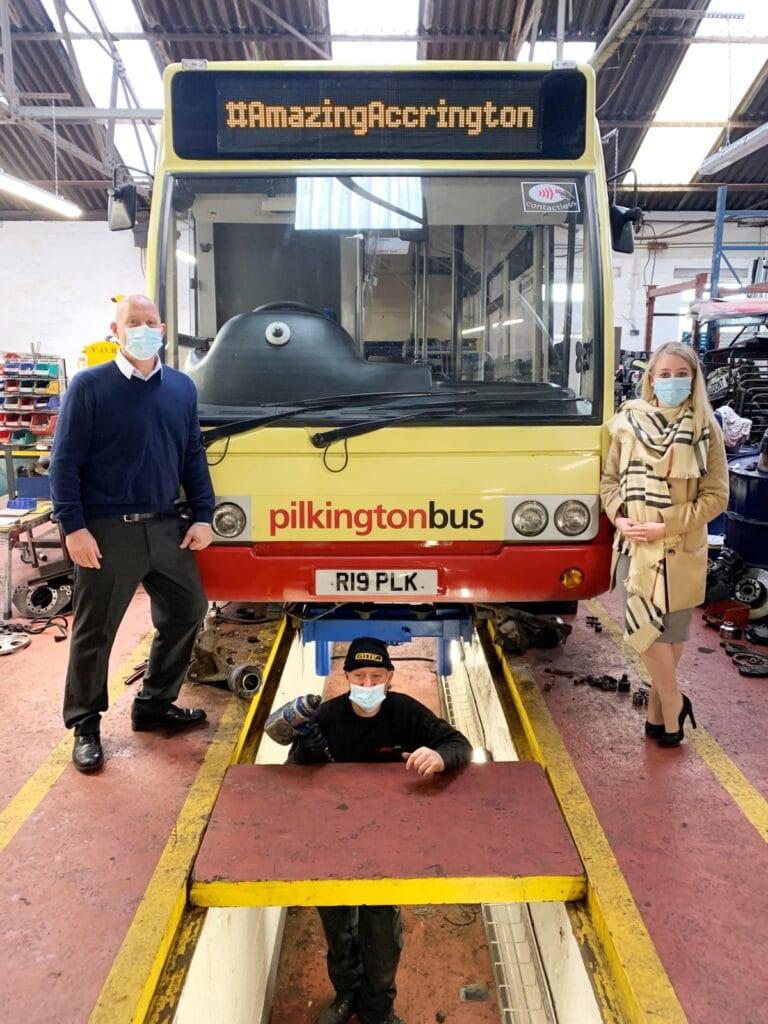 Pilkington Bus